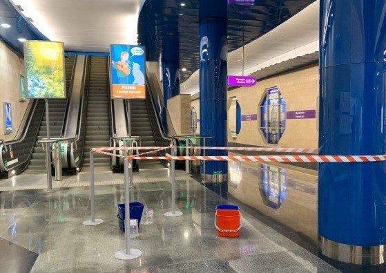 Питерское метро тонет – кто в ответе за протечки в подземке?