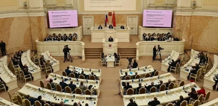 Губернатор Санкт-Петербурга выступил с традиционным ежегодным отчетом в Мариинском дворце