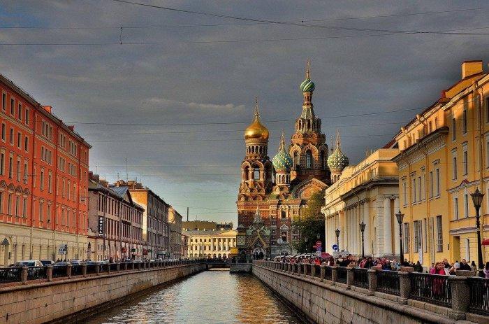 Петербург возглавил рейтинг экскурсионных направлений России, обогнав Калининград, Карелию, Золотое кольцо и Байкал